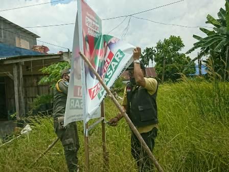 Alat Peraga Kampanye Ditertibkan Bawaslu Pelalawan