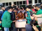 Demo Mahasiswa, Ketua DPRK Aceh Singkil Tanda Tangani Petisi