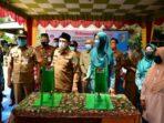 Bupati Batu Bara Serahkan 80 Unit Alat Pres Emping Melinjo