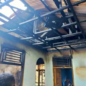 Satu Unit Rumah Permanen Hangus Terbakar