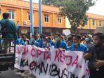 Mahasiswa Kota Binjai gelar aksi menolak Omnibus Law
